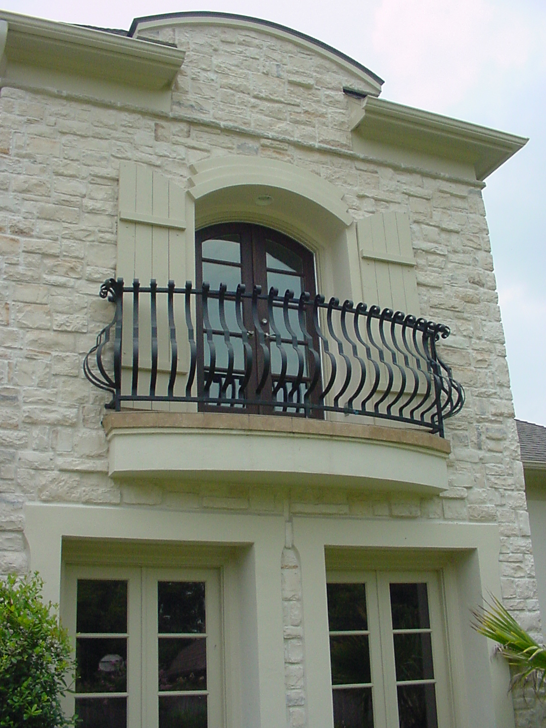 Juliet balconies growing in popularity for Balconies or balconies