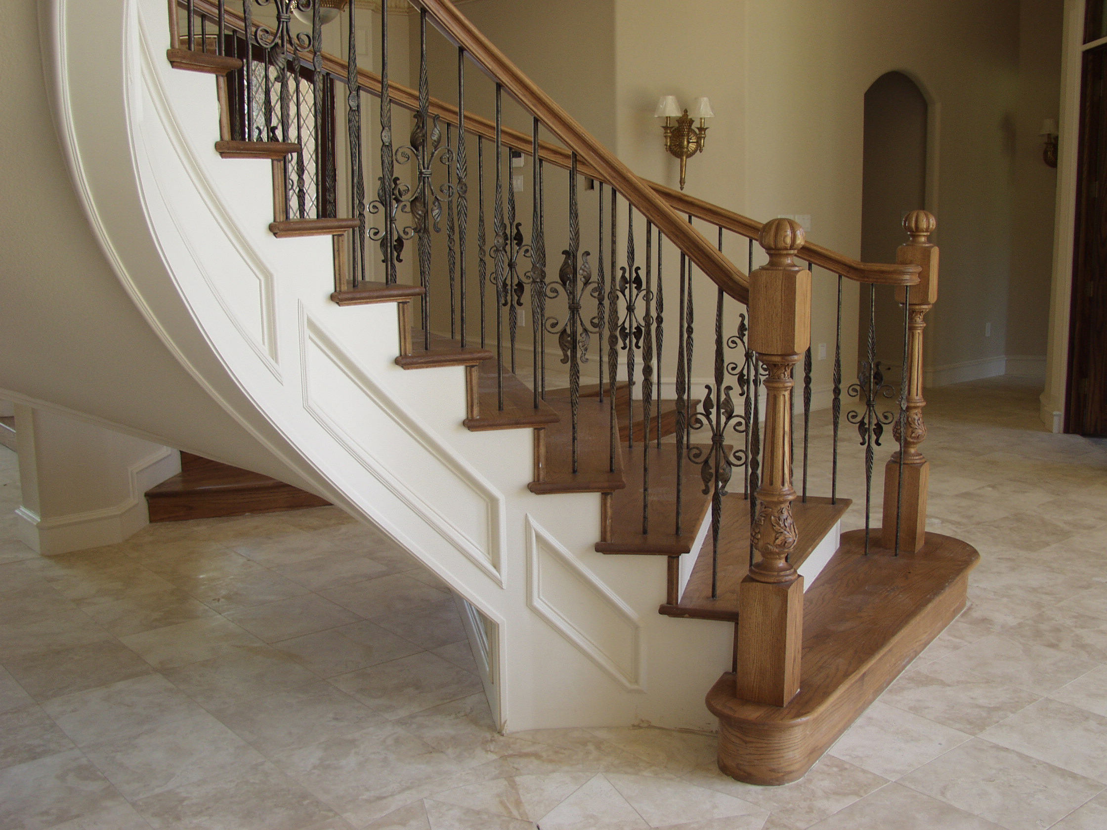 Round Series Erfly With Leaves Feathered Baers House Of Forgings Stair And Railing Products